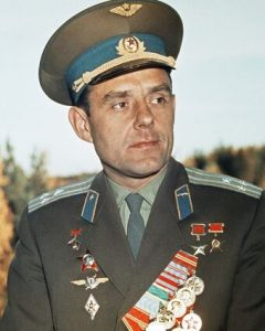 Владимир Михайлович Комаров