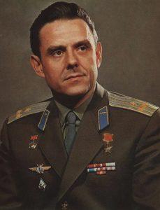 Герой Советского Союза Комаров Владимир Михайлович